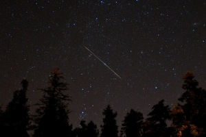 How to Photograph the Orionid Meteor Shower